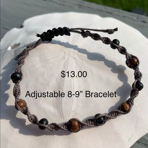 Adjustable hemp bracelet